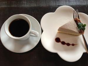 コーヒーとマロンタルト