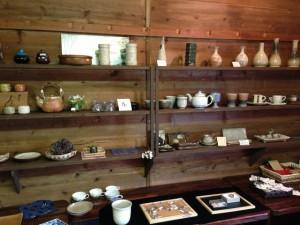 茶蔵ギャラリーの棚
