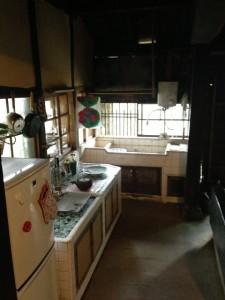 ムコとツマの家のキッチン