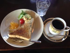 ママレードジャムのモーニングとコーヒー