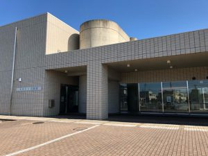 清須市立図書館